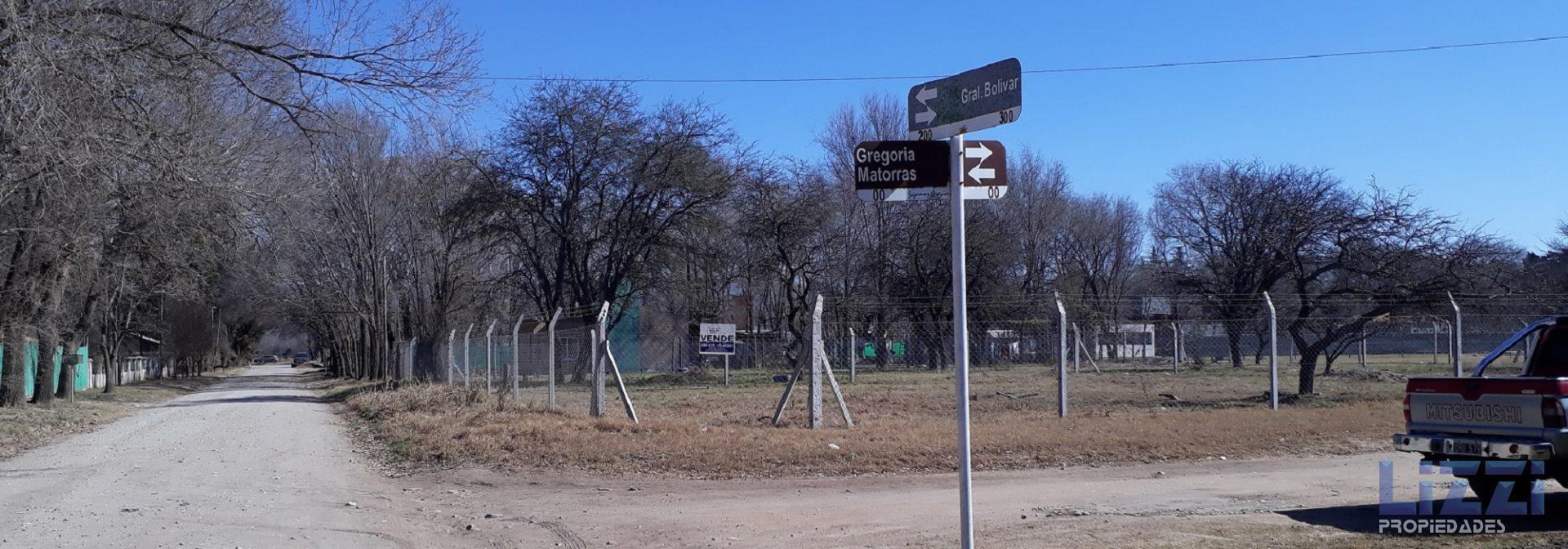 TERRENO EN VENTA VILLA MONTENEGRO ANISACATE ESCRITURA ESQUINA AGUA 1250 m2