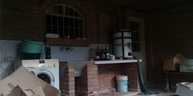 casa-en-venta-en-la-bolsa-2-dormitorios-8