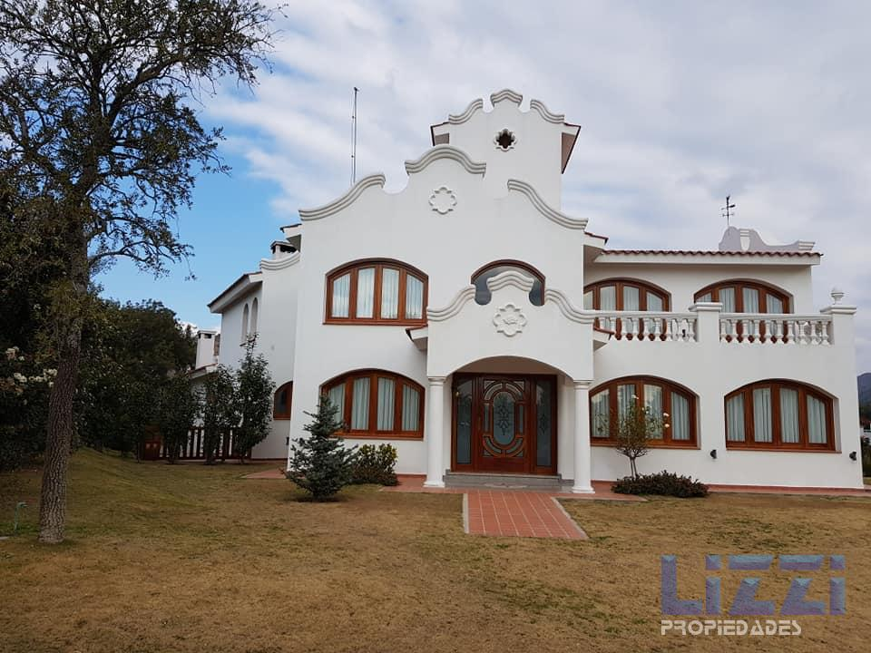 SE VENDE EXCELENTE E IMPECABLE INMUEBLE EN EL POTRERILLO DE LARRETA RESORT & COUNTRY CLUB.