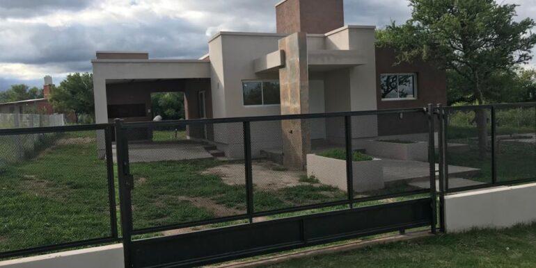 Casa-en-venta-Villa-Camiares-dos-dormitorios-13