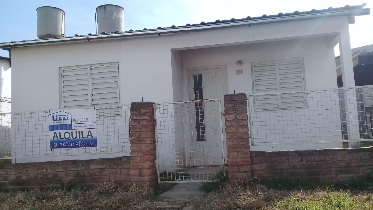 ALQUILER CASA DOS DORMITORIOS EN BARRIO LALAHENES-ALTA GRACIA